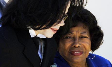 Mãe de Michael Jackson: O meu filho não era molestador Katherine-jackson-michael-jackson